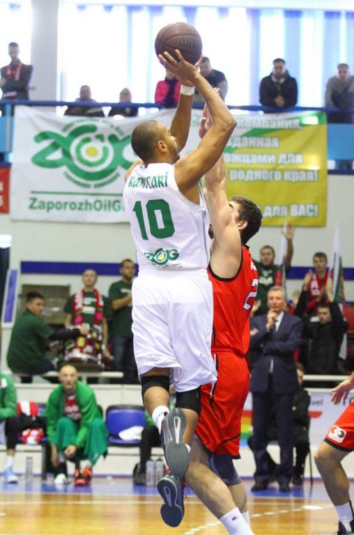 Томас Камусаки Постараюсь показать в баскетболе все на что  kamusaki 01 kamusaki 02 kamusaki 03 kamusaki 04 kamusaki 05 kamusaki 06