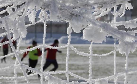 football-zima